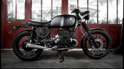anchordivision:  BMW R100/7 'Lucky 13' by Blitz Motorcycles | (SILODROME)   i had it once time before, but not BMW, it was CB'100 but looks like this, miss it!