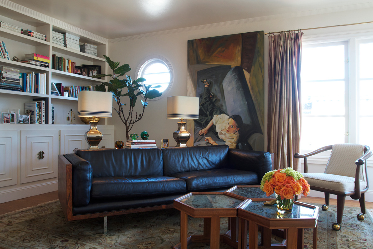 I am so so so excited to share this home I photographed in Cole Valley (San Francisco, CA). Home of Mags Teskey (Of Taste Catering) and her partner Jill !  More to come soon!