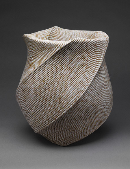 "habitualbliss:  (via Sakiyama Takayuki: ""Listening to Waves"" vase (2004.201) 