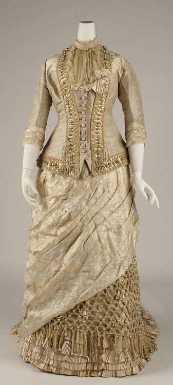 Dress 1878-1879 The Metropolitan Museum of Art