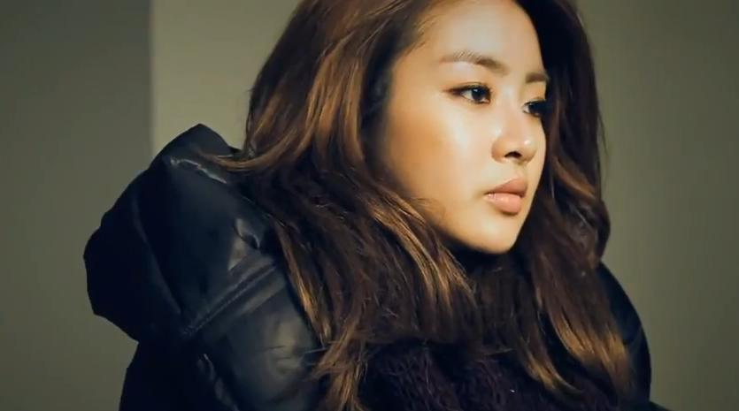 She is beautiful. Kang Sora = Coup de coeur!