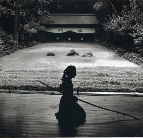 sergionavarrete:  Rural Japan: Radiance of the Ordinary, Linda Butler (via genevan:)   I miss Japan so much.
