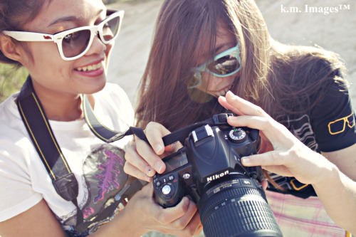 this is so cute. for some reason, it looks like some sort of hipster nikon camera advertisement.