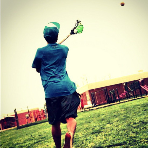 Tossin' the rock. #counts  Taken by @abe_latulola