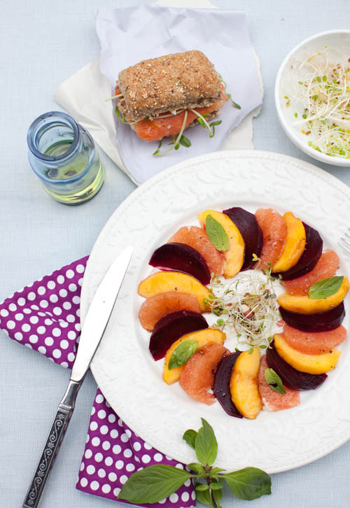 yummyinmytumbly:  Beet, Grapefruit, Peach Salad with Fig Balsamic Vinegar and Smoked Salmon sandwich with Pea Shoots