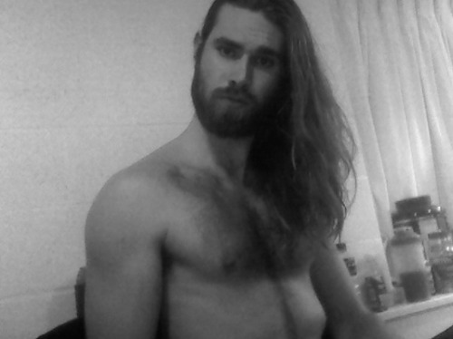 thedailybeard:  outdoorsexuality:  kinda stupid picture but i wanted to show how long my hair is getting. Im thinking of cutting it veerry soon.  you're welcome internet.   oh FUCK! Where can I find a man like this? Please don't cut your hair. Or get rid of your beard. I WILL APPRECIATE IT.