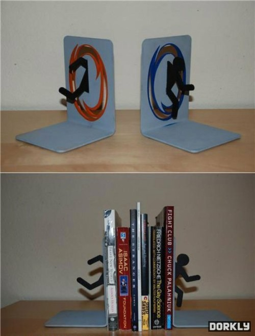 lustfulmuffindemon:  Portal Book Ends  Some day… I will have this… oh yes…