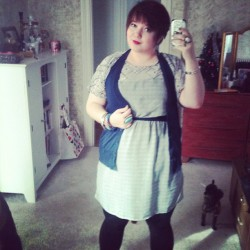 Today its comfy work clothes again. This dress was thrifted this weekend!