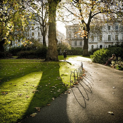 enchantedengland:  ysvoice:| ♕ |  St James Square, London  | by MattMawson | via allthingseurope enchantedengland: And for another side of London, St. James Square.