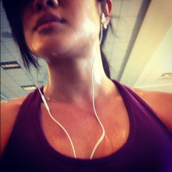 #marchfitnessphotoaday 9 // sweat. Cooling down on the #treadmil. Might as well took a pic for this challenge! #gym #fitness #fit #fitminine (Taken with instagram)
