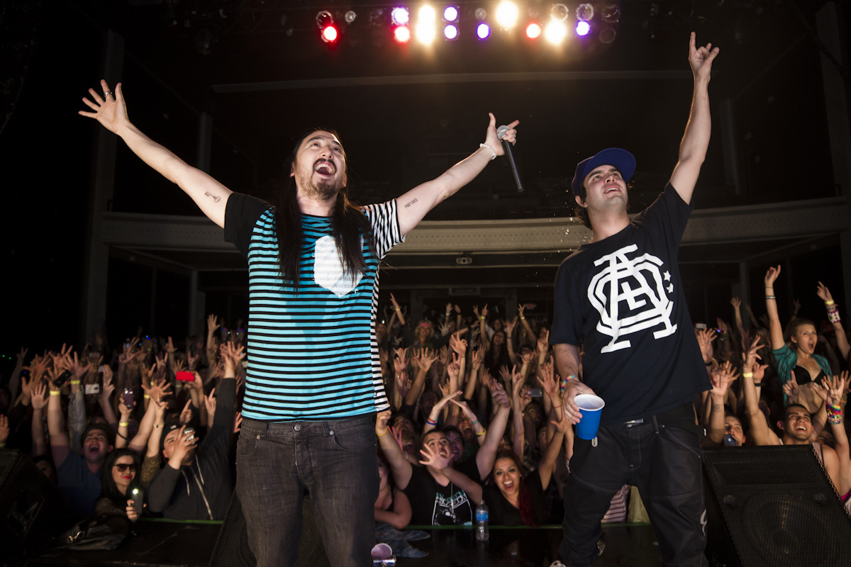 Aoki and Datsik on The Deadmeat Tour! last night was insannnne, people getting hit in the face with cakes and shit. I can't wait to edit this video