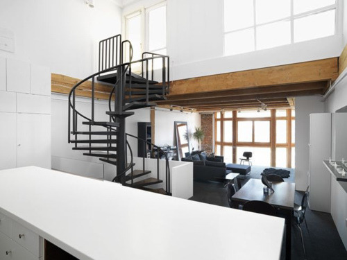 thistleandthorn:  another loft with a spiral staircase.