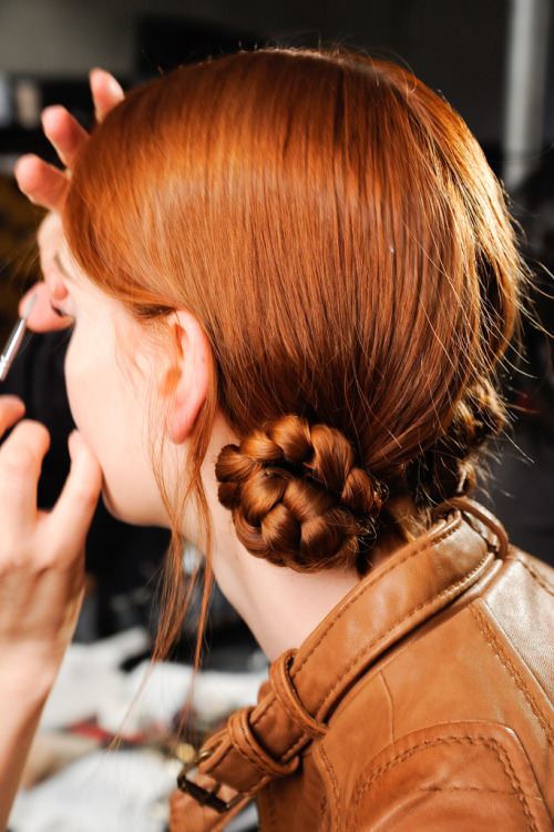 vogueweekend:  Backstage at Marc Jacobs Fall 2012, New York   THE SAGA BEGINS