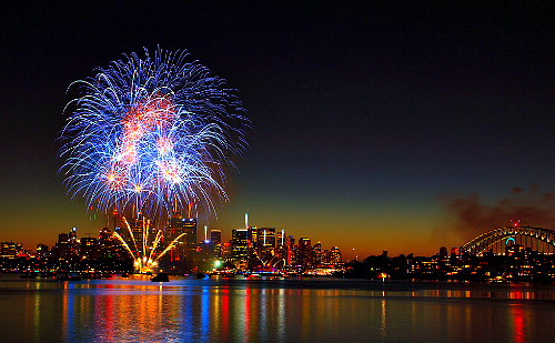 oblivi0n-:  New Year's Eve Fireworks 2011 Sydney (by sachman75)