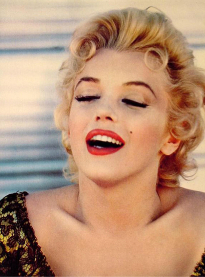 Gentleman Prefer Blondes on We Heart It. http://weheartit.com/entry/24512951