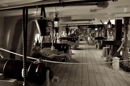"PHOTO OF THE DAY 08/03/2012 ""HMS VICTORY"""