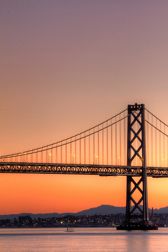 Bay Bridge Sunset (by tobyharriman)