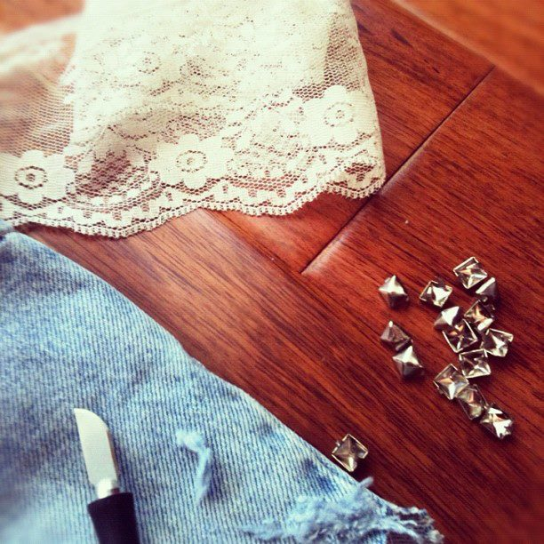 Return of The Goods! Here is a sneak peek into our comeback DIY post :) Stay tuned!