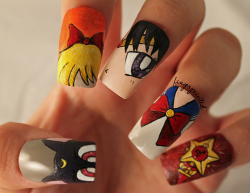 finger-painted:  http://finger-painted.blogspot.com/2012/03/one-with-sailor-moon-nails.html