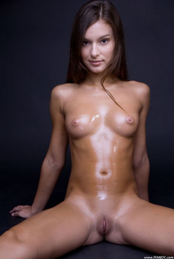 Oiled up body!