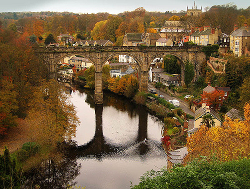 allthingseurope:  Knaresborough Bridge, England  (by Jean.)