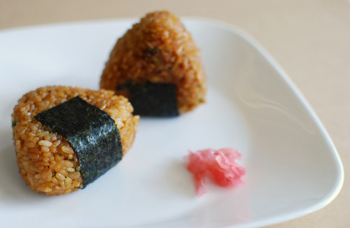 japanlove:  miso yaki onigiri by janineomg on Flickr.