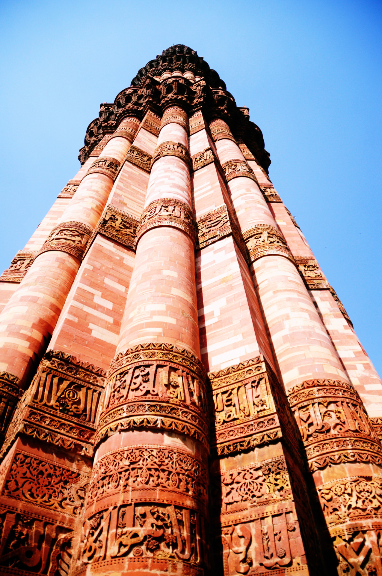 ohthecow:  Qutab Minar, India  Click here for more