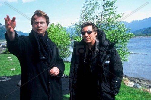 Christopher Nolan directing Al Pacino on the set of Insomnia