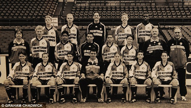 Robin Van Persie,front row,third from the left.