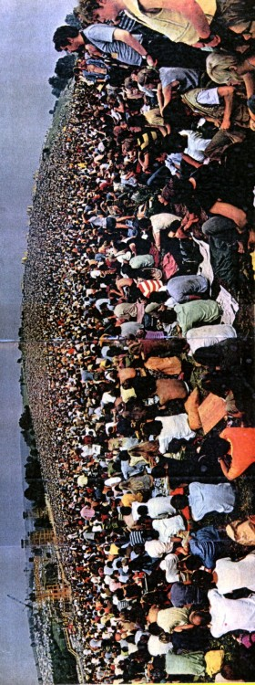 wowshutup:  peace-love-hippieness:  twistedforever:  woodstock 1969  I think i was there  I have an upstate house near there and I visit every summer. It's so nice. They always have anniversaries for it and sell cool stuff.