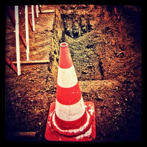 #baustelle #bauplatz #vorsicht #instawhat #bestpicoftheday #bestagram #sg #instamatic #instaaaaah #igoftheday #insta #picoftheday #popularpage #popular #photography #igers #insta #iphone #iphonesia #instanation #iphoneography #working #attention (Taken with instagram)