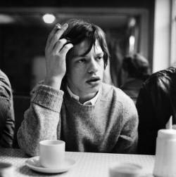 crossfirehurricane:  Mick Jagger, September 1964.