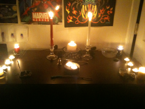 thiefofmind:  i just decided to set up my altar to conclude my meditation and thank everything i called upon for balance