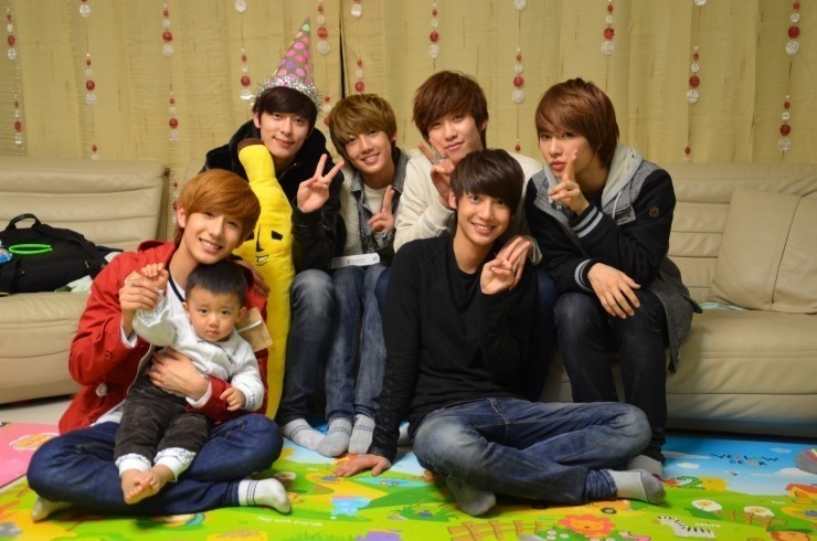 0311 Boyfriend with kid