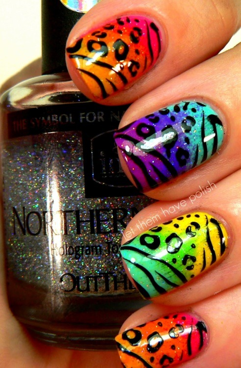 AMAZING! I would like to mix my nail polishes like that =(