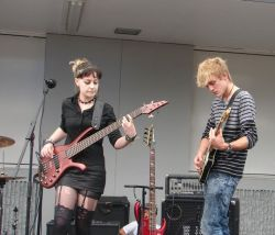 Cross-Eyed Mary at Kilbirnie FestivalMe and Luke! http://www.facebook.com/crosseyedmaryband