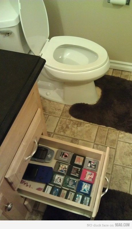 the-absolute-funniest-posts:  9gag: Sometimes, 10 minutes dumps turn into 2 hour quests Follow this blog, you will love it on your dashboard