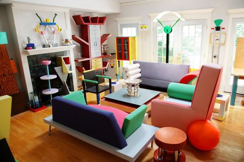 brick-balloon:  Memphis Group design collection.