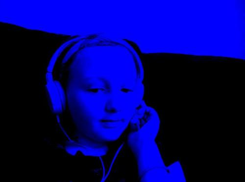 wearin my sisters sony headphones