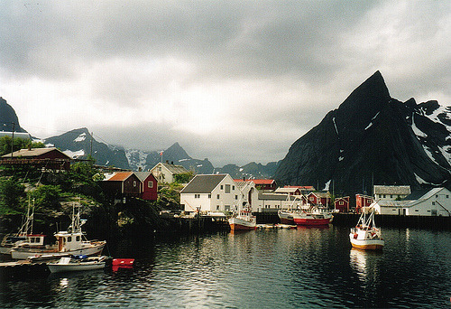 allthingseurope:  Norway, Hamnøy (by Sam Kay)