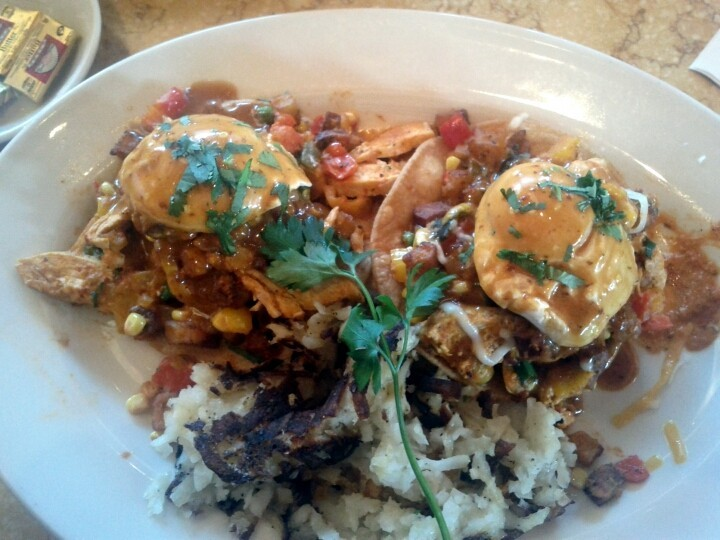 @ToniNapier got the Baja Chicken Hash  (Photo by jimnapier)
