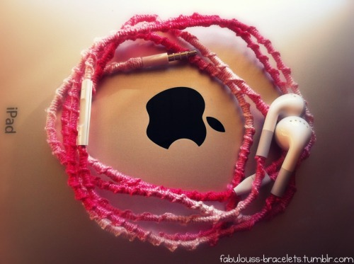 fabulouss-bracelets:  Easy & Fun Headphone Tutorial: -super easy tutorial to make your everyday headphones so adorable. (this does use a lot of string so make sure you have at least 3 things of string!) To start, just tie a normal knot at the base of the headphones (where you plug it in at) Now with your string, tie a basic friendship knot over the cord of the headphones. Continue until you run out of string, (which you will) & to start the other string just repeat steps 1 & 2! When you get to where the cord splits for the earphones, just repeat steps 1-3 until you are finished with both sides & your done!!!  so doing this!
