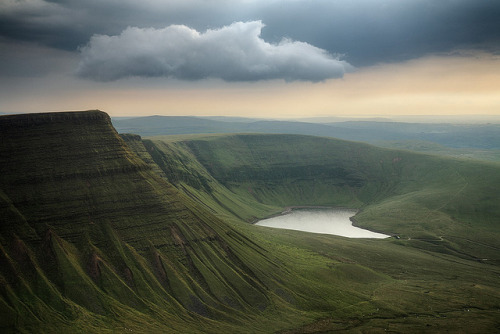 adamm-:  Llyn y Fan Fach by Mohain on Flickr.