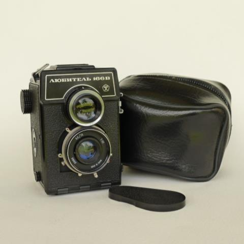 Lubitel 166B TLR for sale at the Nomad Manager shop! The Lubitel 166B TLR (Twin Lens Reflex) is the medium-format predecessor to the equally iconic LOMO LC-A compact camera, prized for its simplicity and ability to produce professional-looking images. The Lubitel 166B is one of the prettiest cameras on the planet, as far as I know. It may be bulkier than your average camera, but what it lacks in compactness, it more than makes up for in beauty and character. It's hard to part with this camera because this is among the more expensive ones I acquired, but I got it anyway out of sheer prettiness. - Jen Check out more pictures of the Lubitel here.