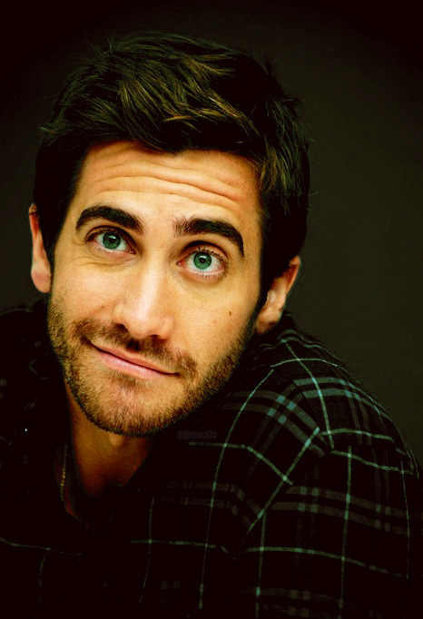 hayreee:  oops, this is slowly becoming a jake gyllenhaal appreciation blog