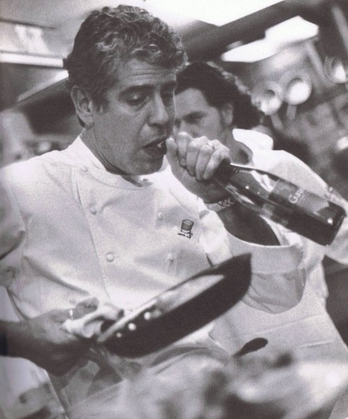 oh Anthony Bourdain. he's got the skills to make me laugh and to make me hunger; in a couple different ways.