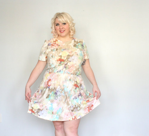 Curvy gals love pastel water colors! Shop Vintage. Shop Up cycled.