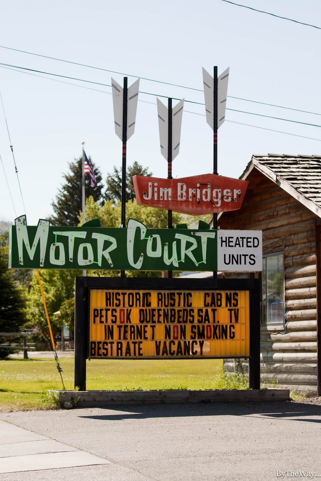 Run of the arrow - Vintage motel sign in Montana
