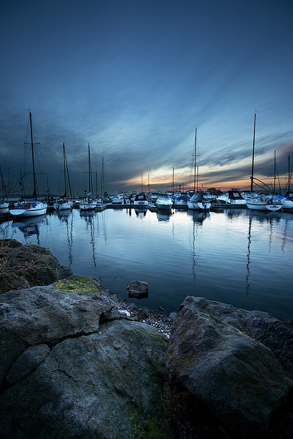 Kirkland Waterfront Boats by Cynthia.Lou on Flickr.