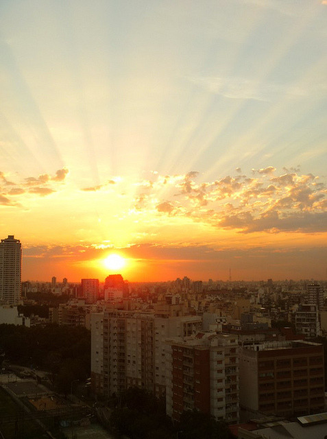 Atardecer en Caballito :) by Sofii García on Flickr.